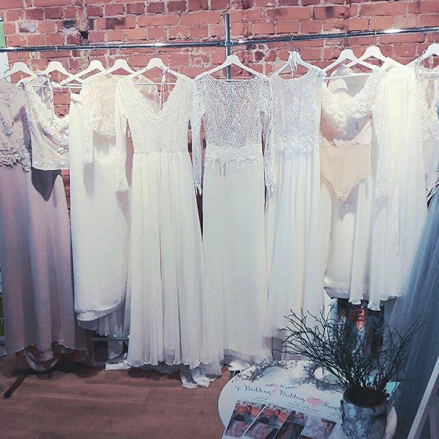 Dziekujemy kochani ♡♡♡ #alternatywnetargi #sztukawyboru #starymenez #gdansk #targislubne #offwedding #alternatywnesluby #slubnerewolucje #gdynia #weddingroomgdynia #weddingroom #suknieslubne #bridetobe #bridelle #boho #bohobride #bohostyle #rustic #rustykalnesluby #lekkiesuknie #fashion #trendy2017