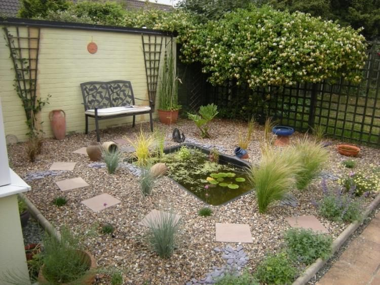 quelles plantes pour son jardin sec id es et conseils utiles jardin mediterraneen. Black Bedroom Furniture Sets. Home Design Ideas
