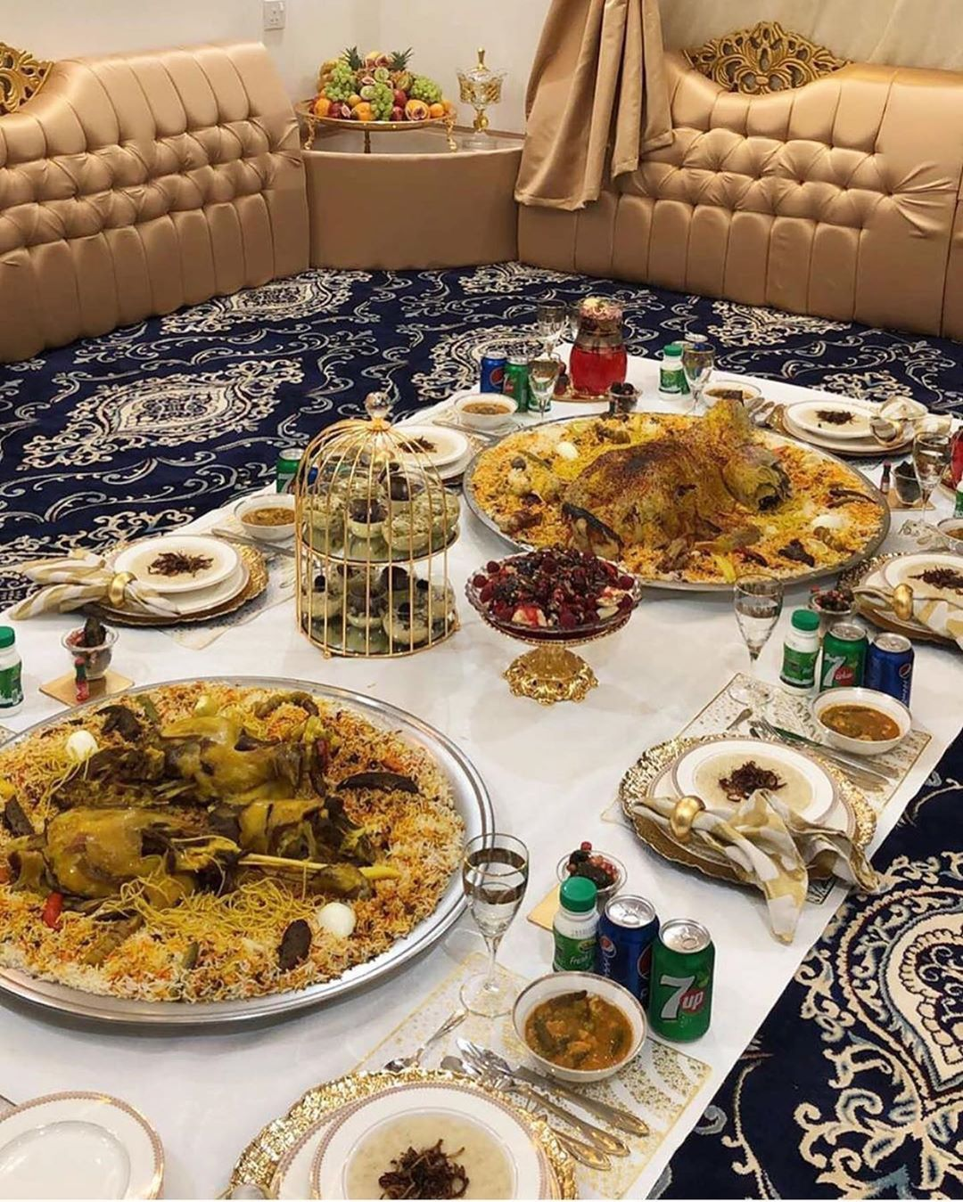 Pin By Tyfo Bahda On أطباق Serving Food Snap Food Traditional Food