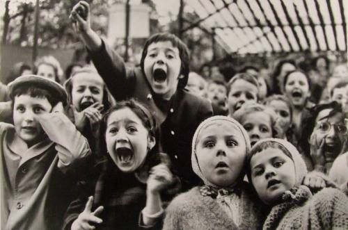 Facie Populi ™ Alfred Eisenstaedt Children At A Puppet Theater, Paris,.  Find This Pin And More On Oscar Wilde Quotes ...