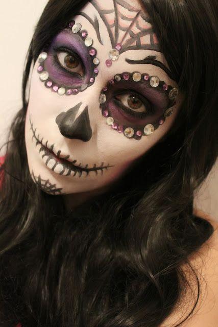 Marianne G.: Sugar skull makeup for halloween