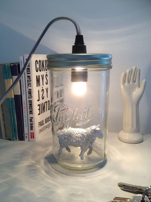 lampe le bocal allum baladeuse l l phant jaune le bocal le mouton et les cabanes. Black Bedroom Furniture Sets. Home Design Ideas