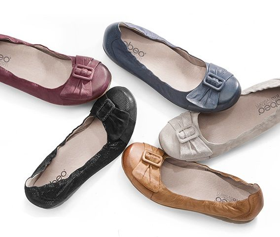 Tabitha Neutral | Flats with arch