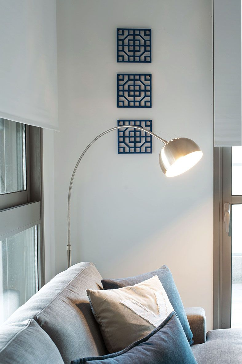 retro lamp and graphic oriental decor on
