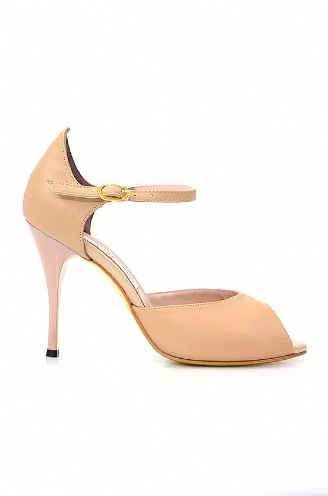 cb0eb1776de30c Comme il faut tango (or wedding!) shoes!