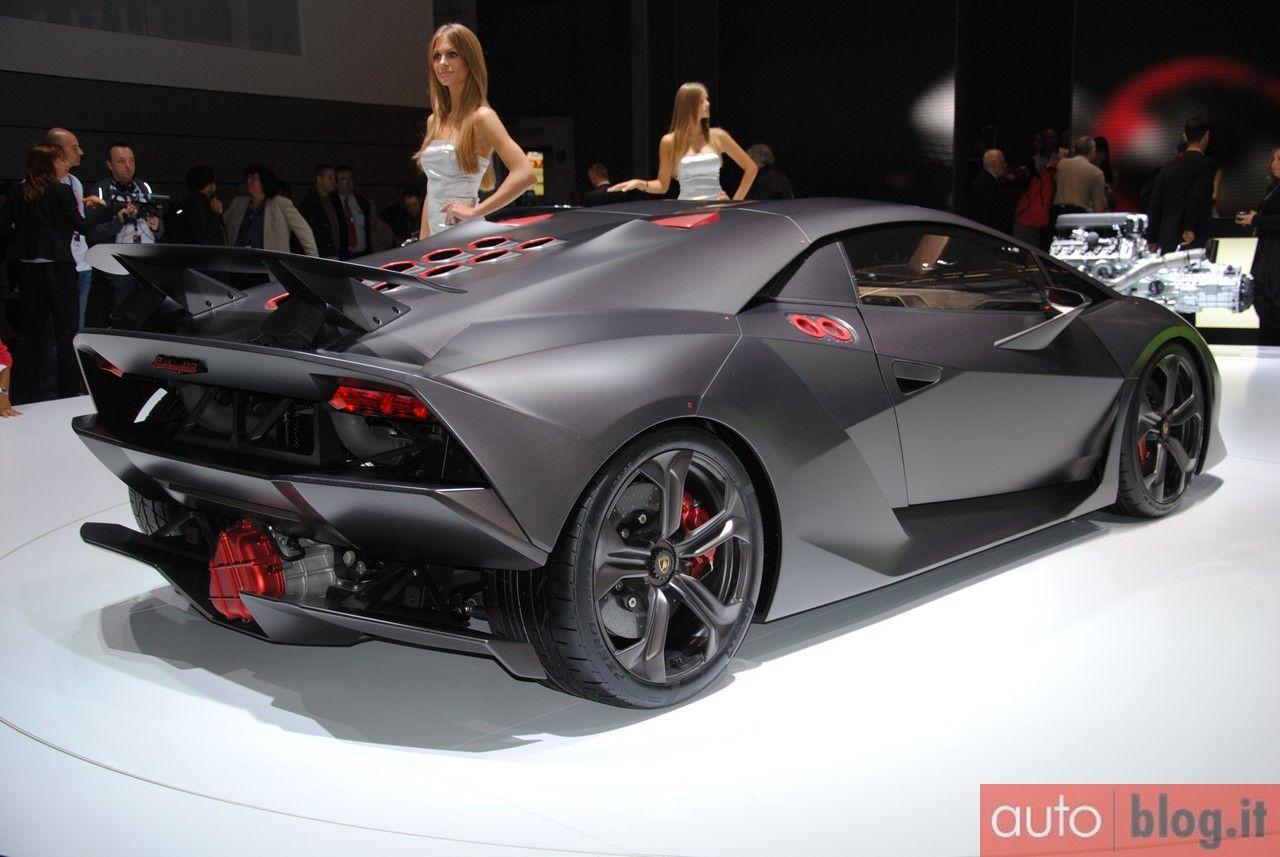 #Lamborghini Sesto Elemento Concept - Salone di Parigi 2010 Live #lamborghinisestoelemento