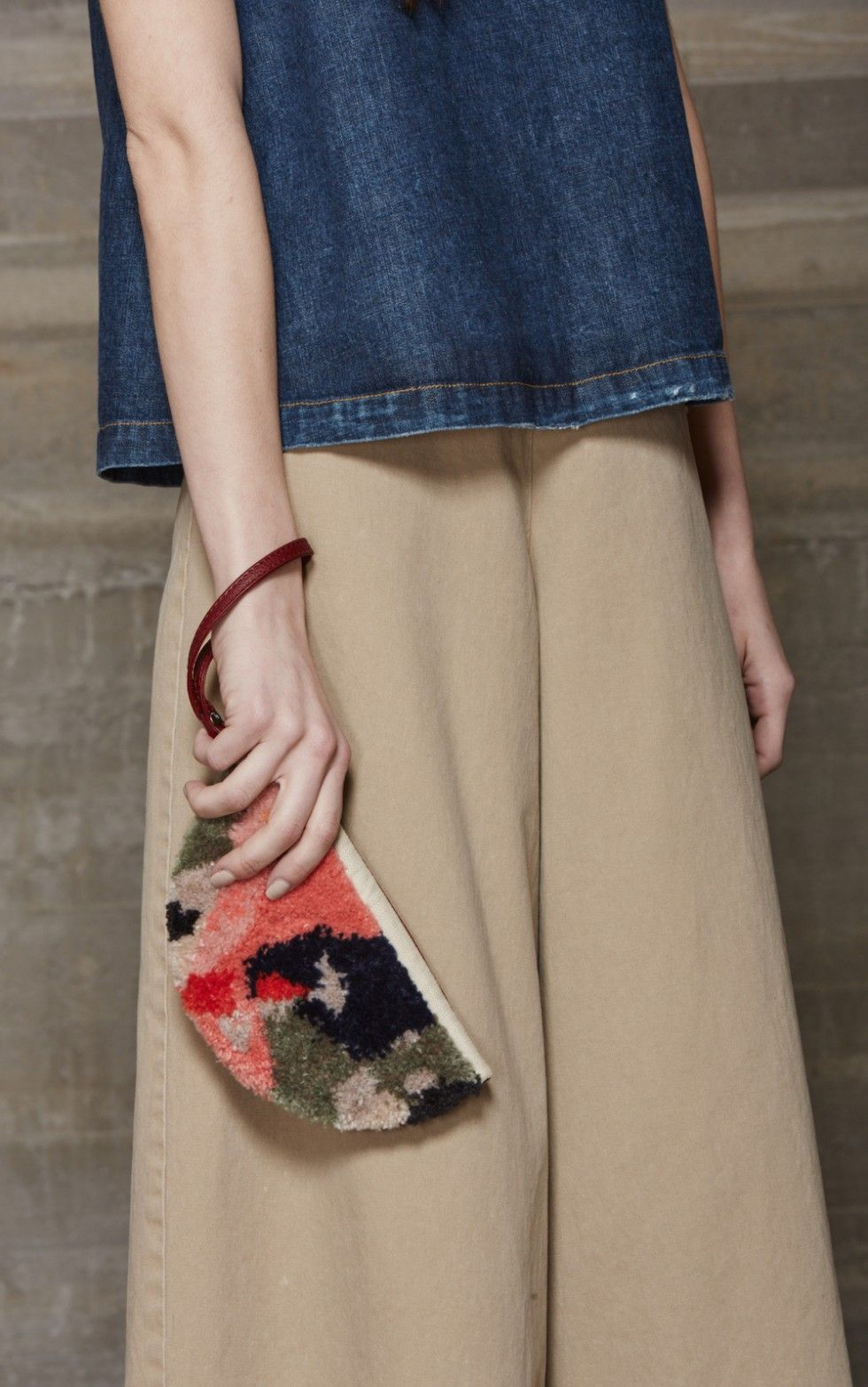 Statement Clutch - RUNWAY by VIDA VIDA 3alSkEs6Bq
