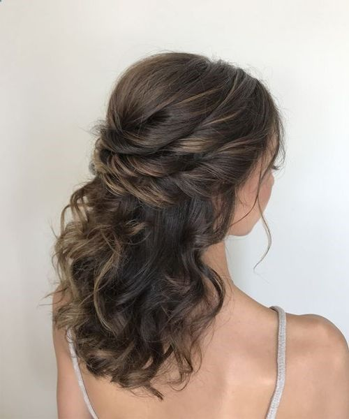 43 Wedding Hairstyles For Mediumhair To Love Elegantwedding Wedding Hairstyles For Medium Hair Bridal Hair Half Up Curly Prom Hair