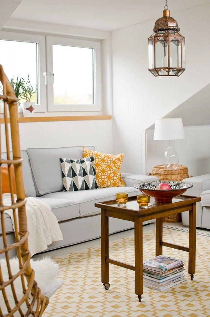 AuBergewohnlich Dekoideen Für Das Wohnzimmer Im Herbst In Grau, Senfgelb Und Vintage Deko  In Dunklen Holztönen Und Kupfer