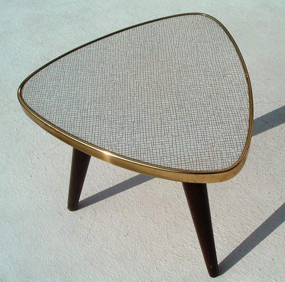kleiner blumenhocker wie nierentisch typisch 50er 60er jahre interior pinterest. Black Bedroom Furniture Sets. Home Design Ideas