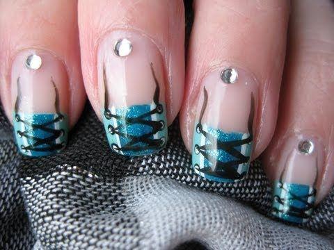Nailart: Sexy corset nails