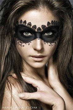 65 Halloween Makeup Ideas to Try This Year | Diy halloween makeup ...