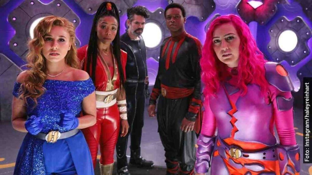 Pin By Carmen Calisai On Heroes In 2021 Sharkboy And Lavagirl Horror Drawing Movies And Tv Shows