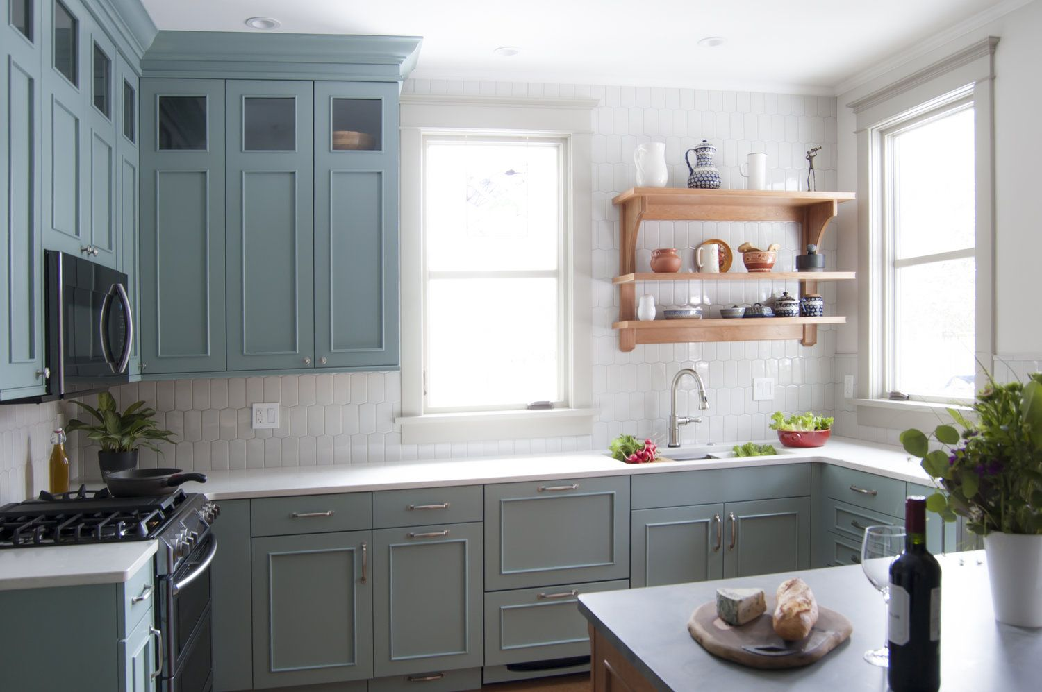 Attractive Beautiful Timeless Kitchen Remodel. Painted Cabinets With Quartz  Countertops And Hive Backsplash Tile.