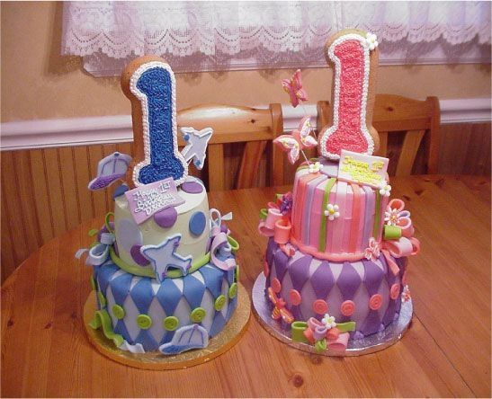 Twins Birthday Cakes Taart