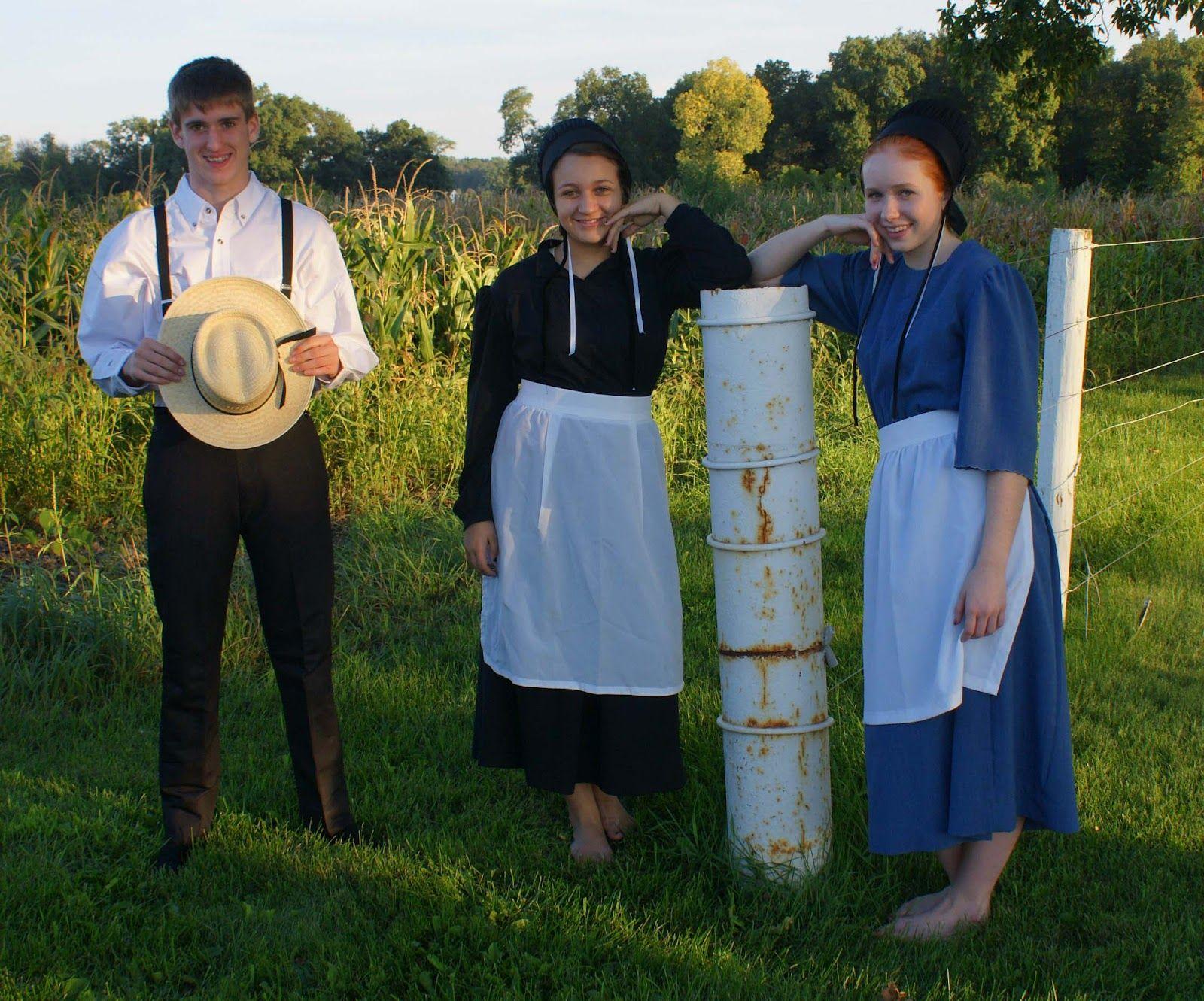 FUN FUN FUN! Dressing Amish . . . in 2020 | Amish clothing, Amish, Amish  family