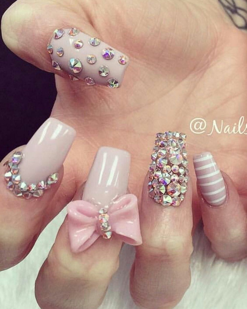💅🏻 101 Trending Pink Nail Art & Polish Color Ideas | Pinterest ...