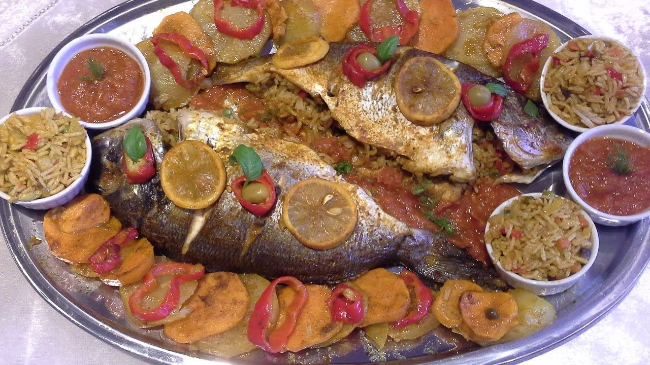 Poisson Aux Four صينية سمك في الفرن بالخضر والأرز روعة في المداق Food Sausage Meat