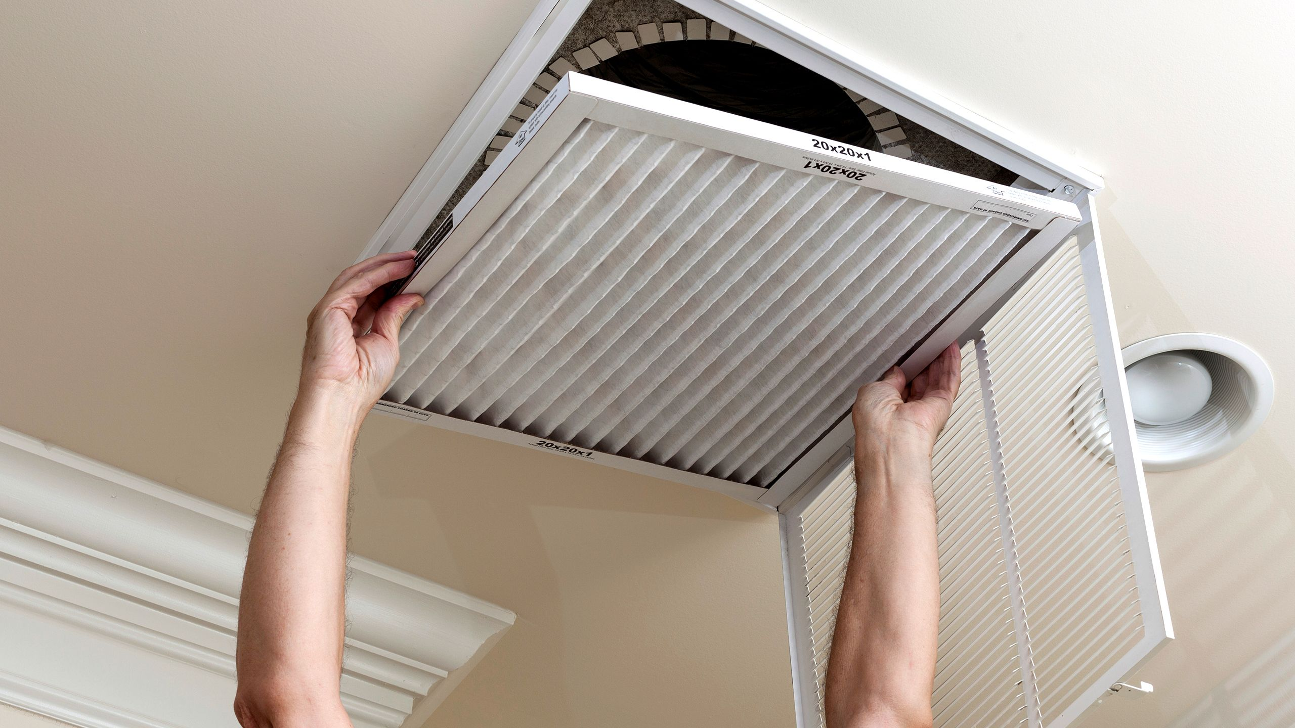 The 5 tools you need to clean your air Air conditioning