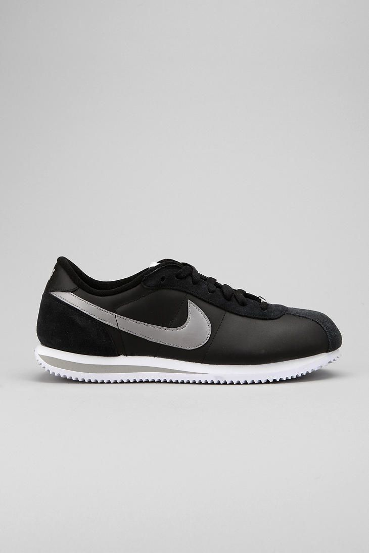 Nike Cortez '06 Leather Sneaker