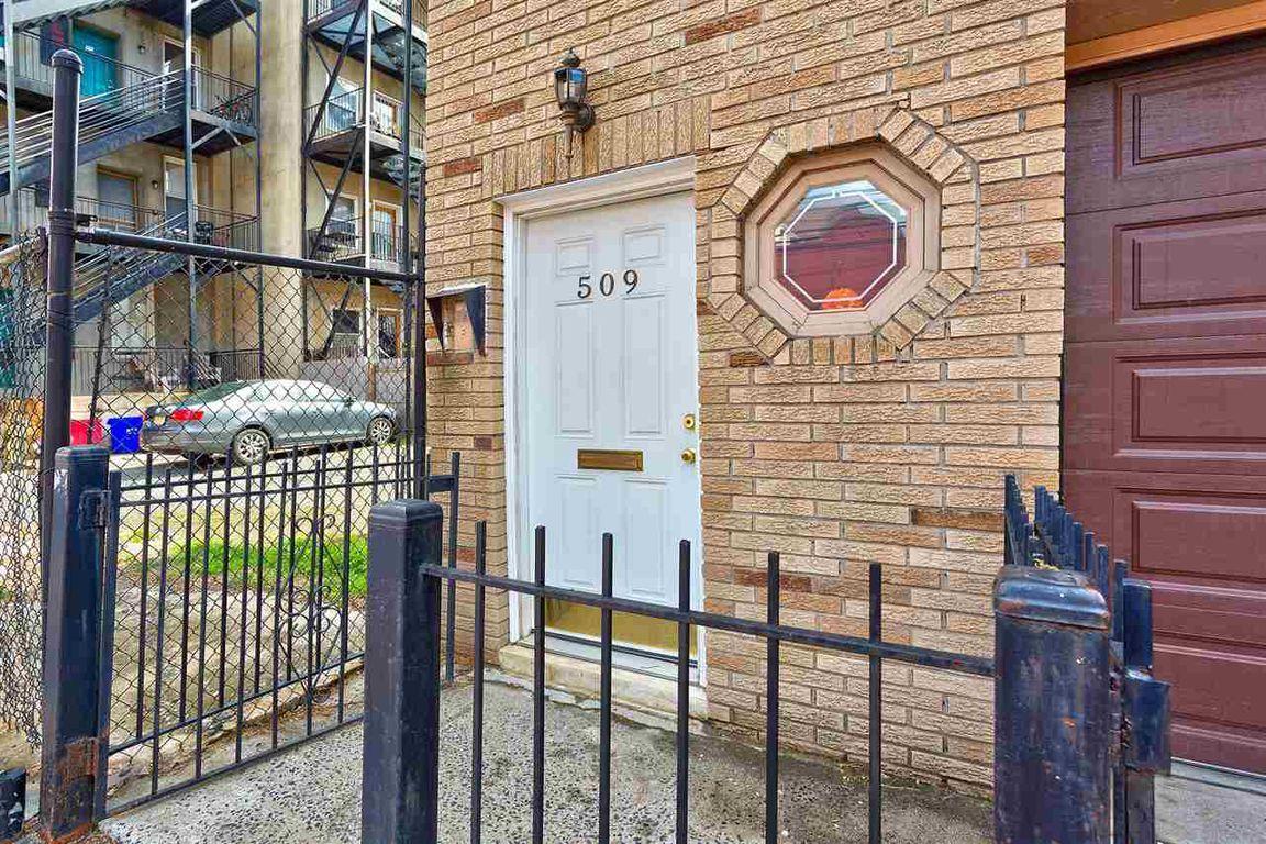 509 2nd St ##2, Hoboken, NJ, 07030: Photo 2
