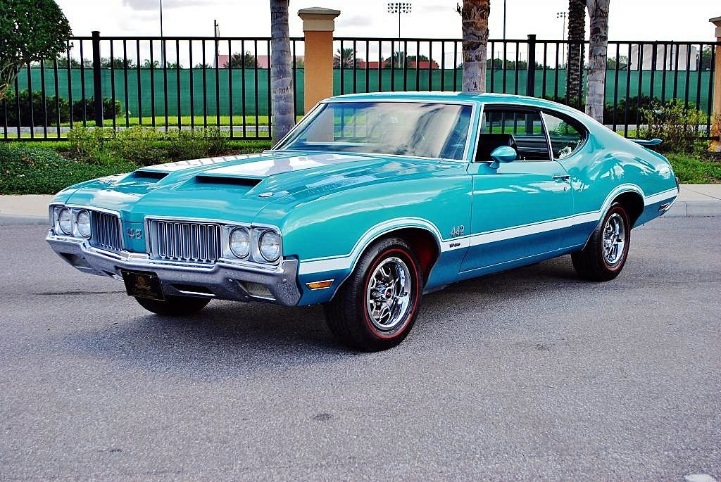 Reef Turquoise… 1970 455 442 hardtop | Cars | Classic cars