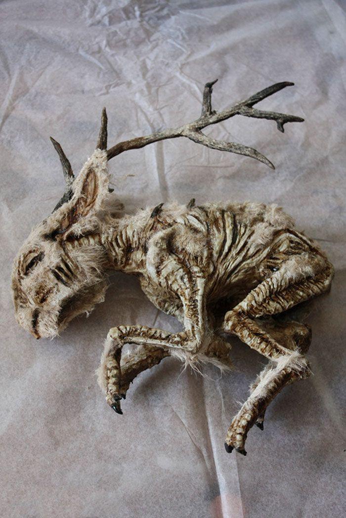 Esqueletos estranhos foram descobertos num porão de uma casa antiga em Londres