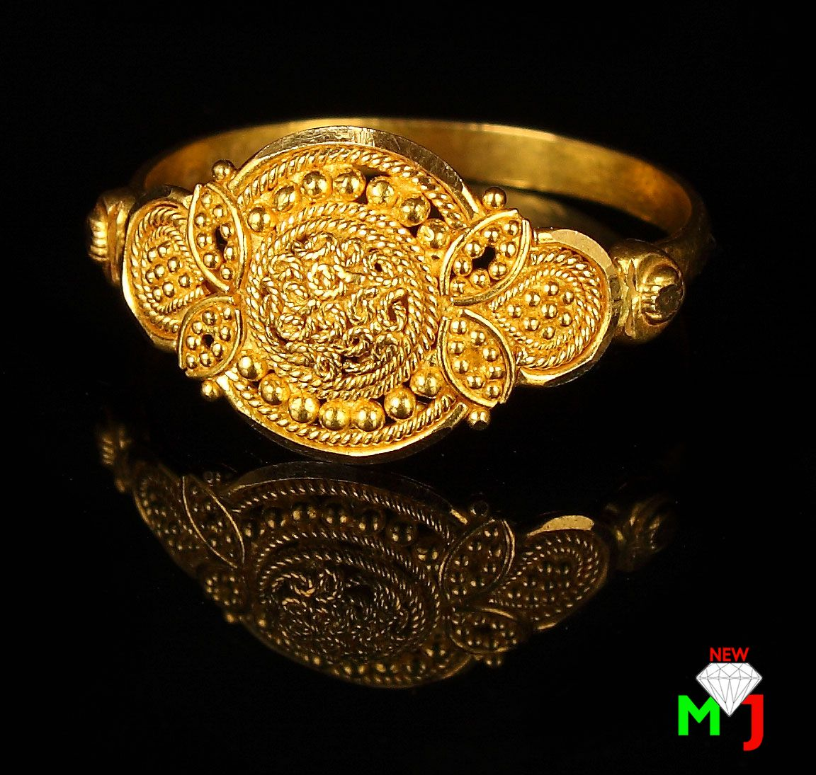 Beautiful gold ring made by new maria jewellers www ...