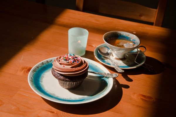 cup and cupcake