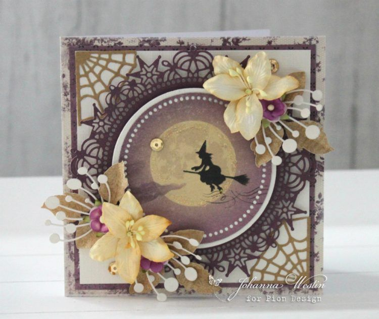 A romantic Halloween card