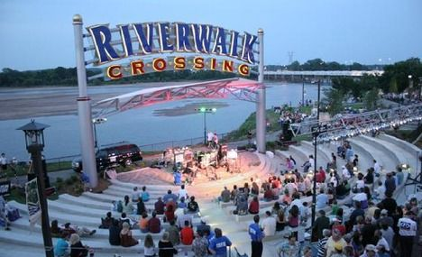 Riverwalk tulsa movie times
