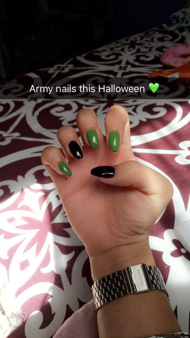 Army Colored Nails In The Coffin Shape Halloween 2k16 Nail Colors Army Colors Nails