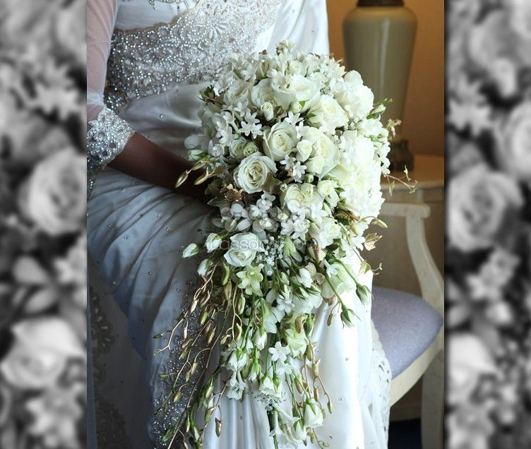 Sri Lankan Wedding Gift Ideas: Large Cascading Teardrop Bouquet With Roses Orchids