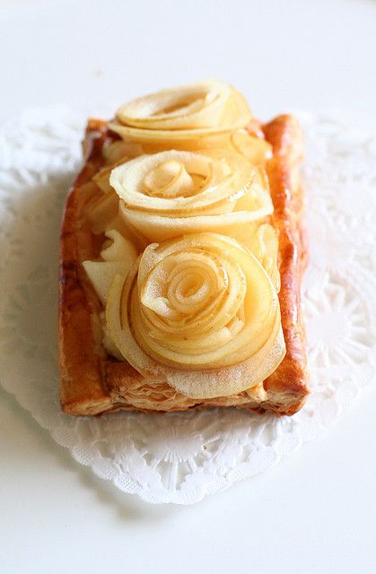 Apple Rosette Tart - saw something similar in Great British Bake Off, really want to try this