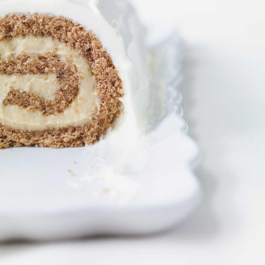 Eggnog-Spiced Yule Log | Ricardo #yulelogrecipe Eggnog-Spiced Yule Log #yulelog Eggnog-Spiced Yule Log | Ricardo #yulelogrecipe Eggnog-Spiced Yule Log #yulelog