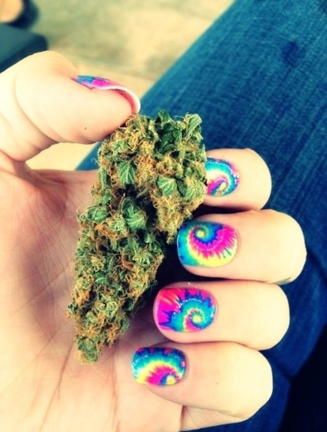Delicious Nail Designs: Nice Weed, Nice Nails. Try Getting Toasted With Delicious