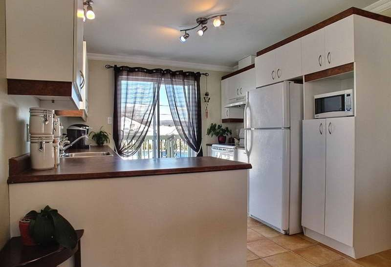 St Charles Kitchen Cabinets With Drapery Design