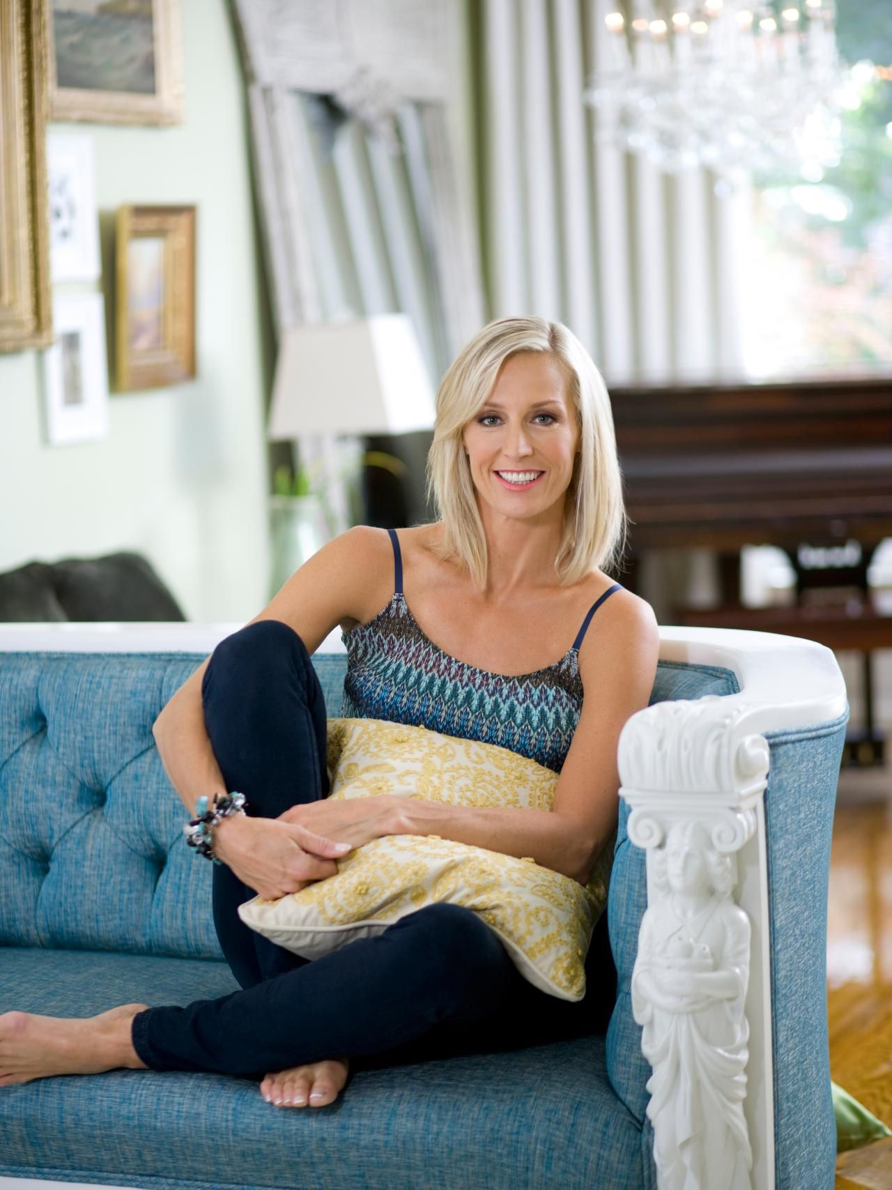 Presents A Q A With Designer Candice Olson With Images Candice