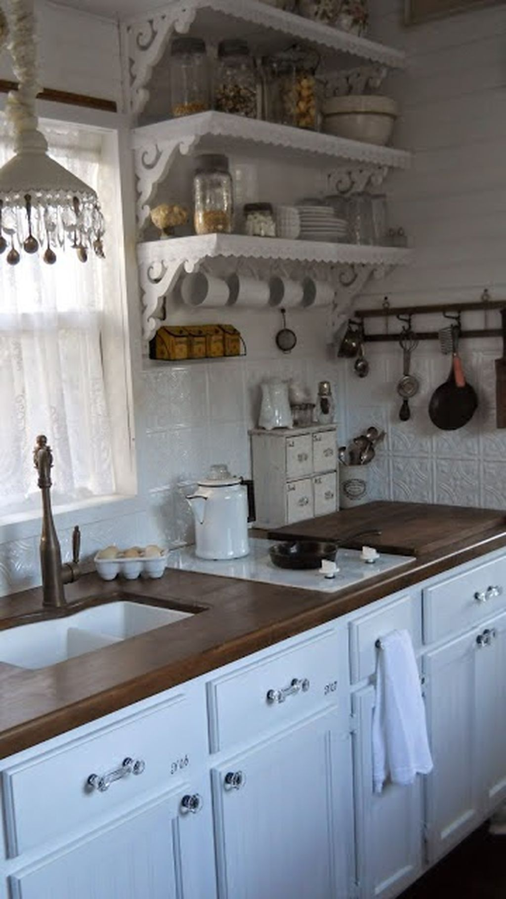 88 Romantic Shabby Chic Cottage Decoration Ideas | Cocinas ...