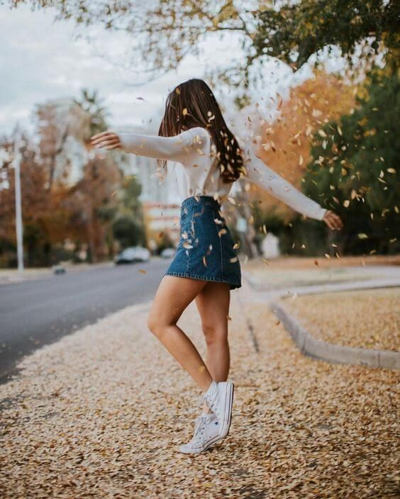 Photo of Denim Miniskirt With Sweater And Sneakers