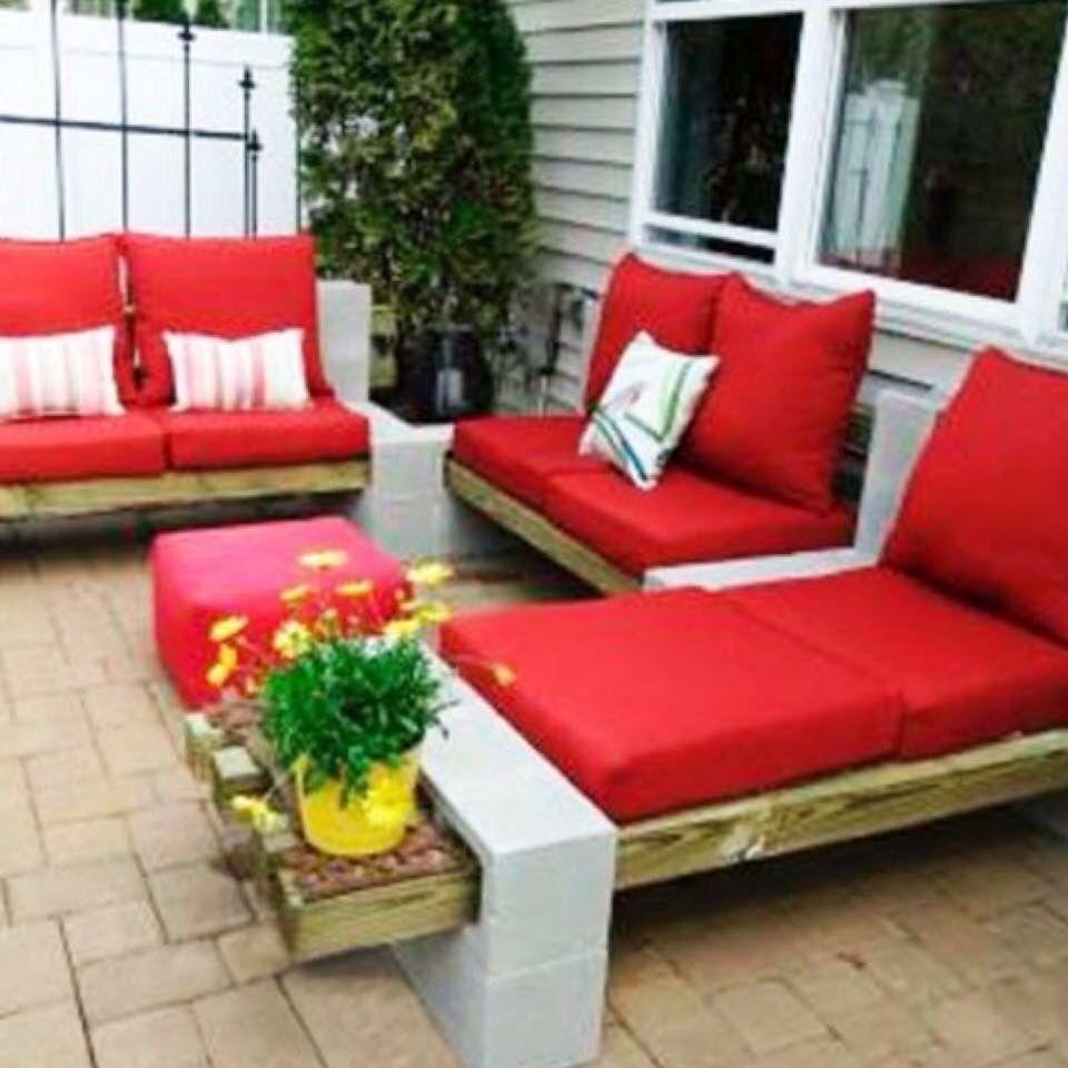 DIY Cinder Block Patio Furniture made