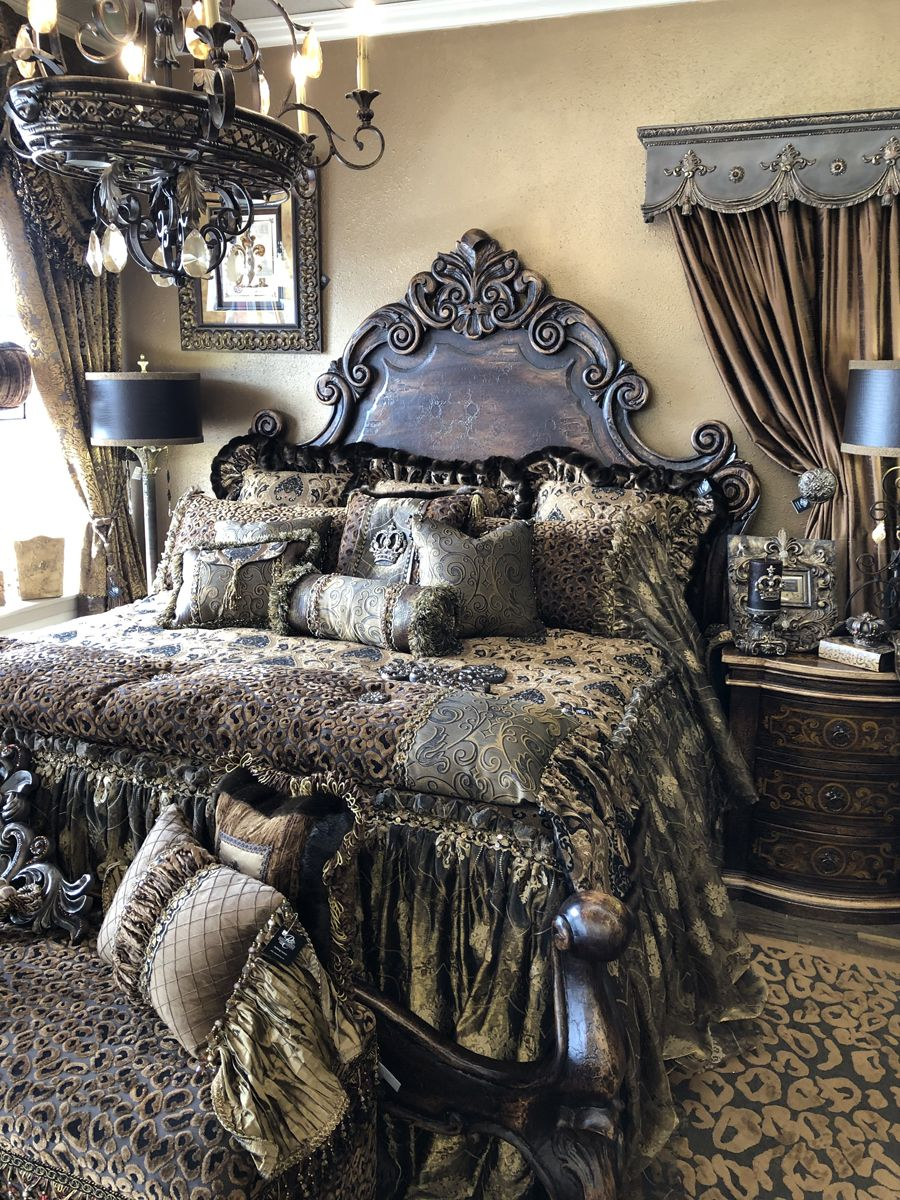 Rich Old World Style Luxury Bedding The Renaissance Collection Luxury Bedding Tuscan Bedroom Luxurious Bedrooms