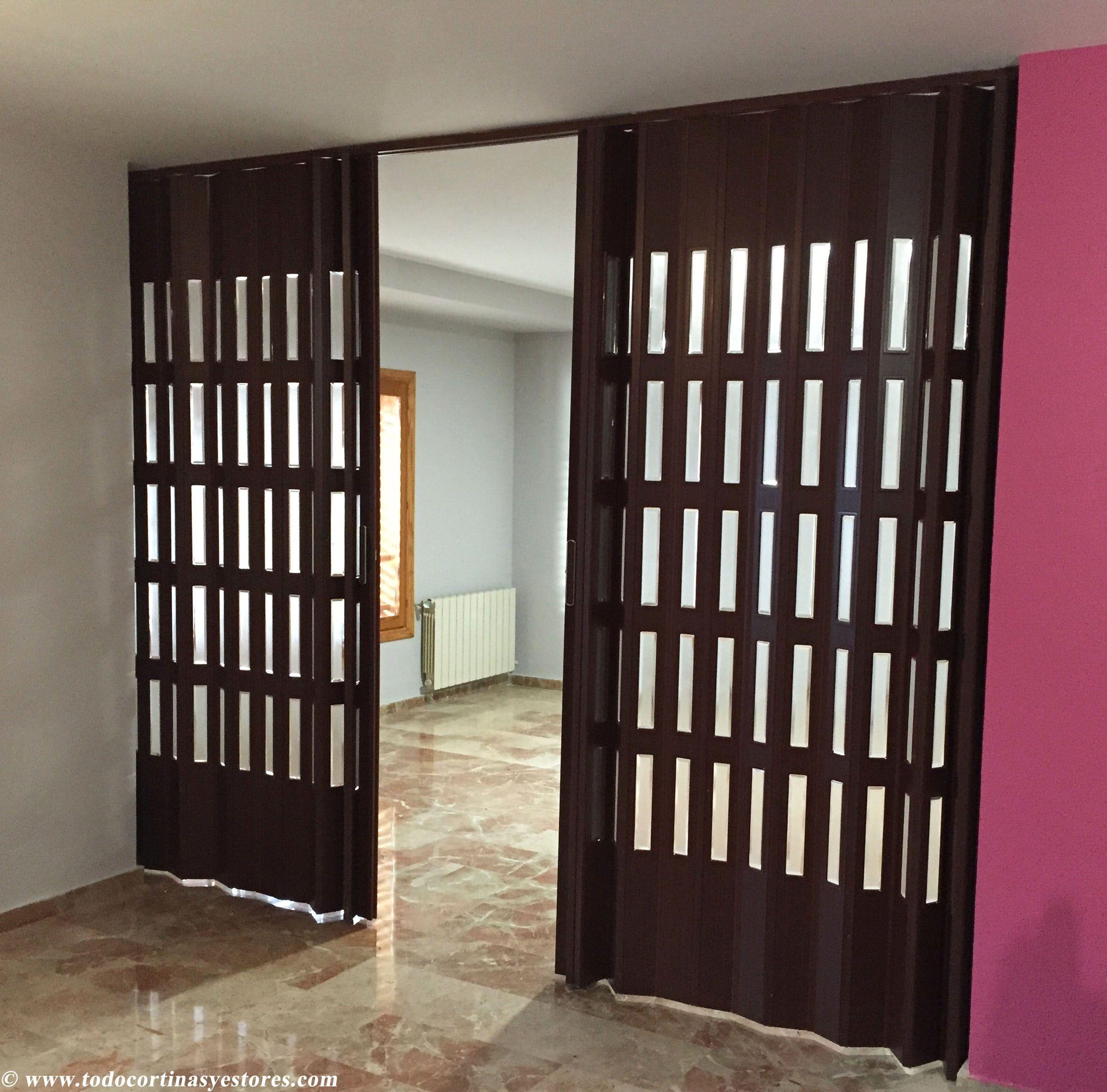 Puerta plegable de PVC | Puertas Plegables de PVC | Pinterest ...