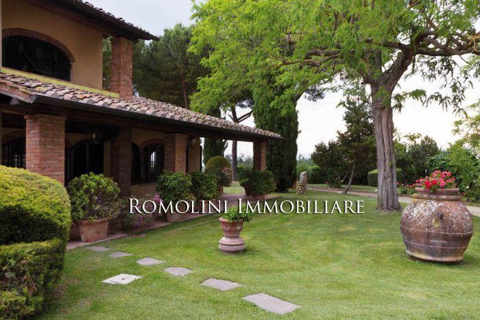 Immobili di prestigio in vendita, ville di lusso, casali