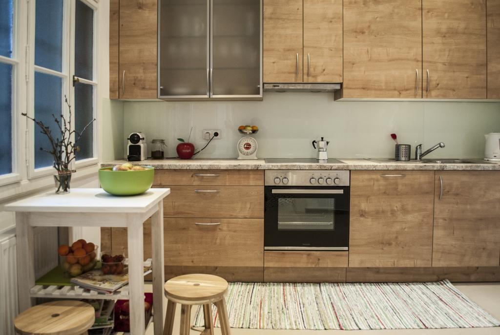 Küche in Holzoptik 3Zimmerwohnung in Wien Neubau Küche