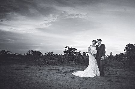 Wedding photographer/ winery / grapes / black&white vintage picture ideas photographer/ Northern California wedding