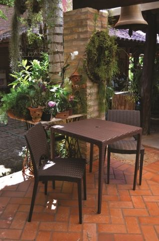 Informal Móveis Externos - Móveis para varandas, terraços, jardins, áreas externas, varanda gourmet - Plasútil.
