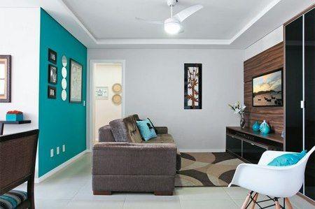 Casa azul turquesa con blanco