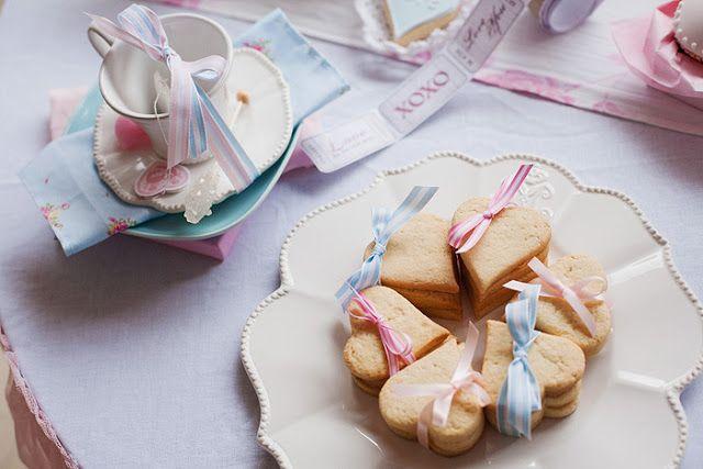 Día de fiesta del té del día de San Valentín romántico - Ideas de la fiesta de Kara - El lugar para todas las cosas del partido