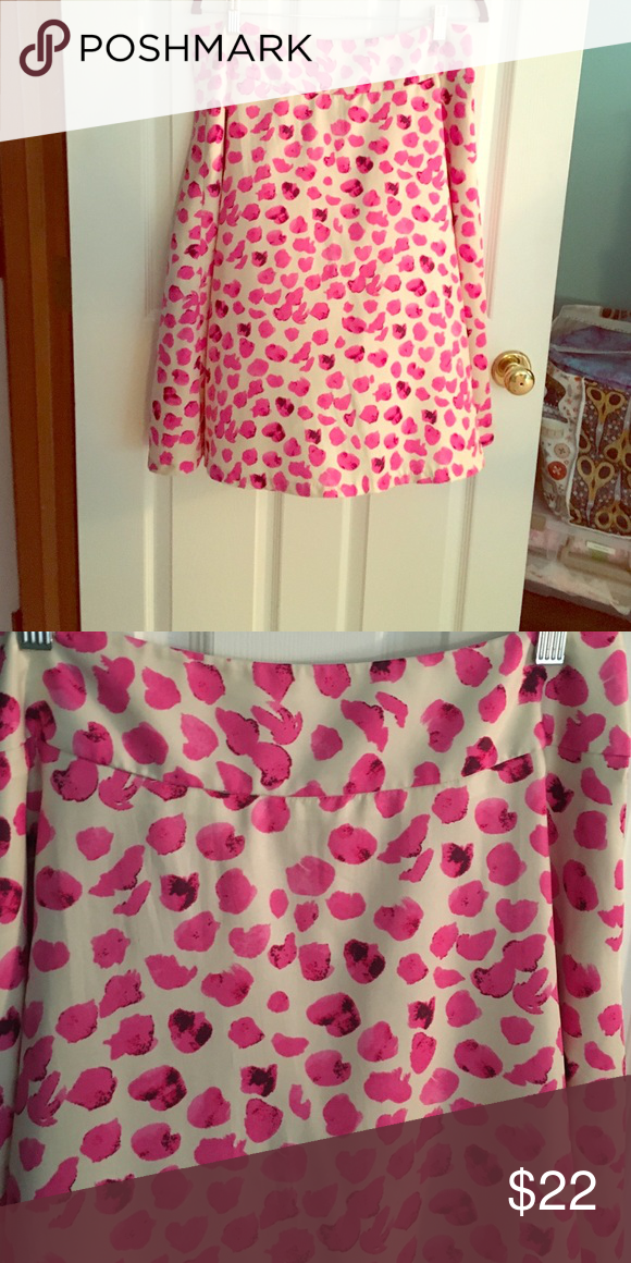 Limited size 12 pink skirt A line pink skirt. Polyester. Machine wash. Adorable! Too big on me. The Limited Skirts A-Line or Full
